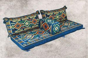 Blaue Orientalische Sitzecke, Sark Kösesi, Orientalisches Sofa, Kelim Sedir