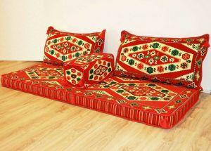 Sark Kösesi, Orientalische Sitzecke, Kelim, Sedir Minder, Orientalische Möbel